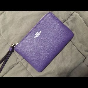 NWOT purple Coach wristlet